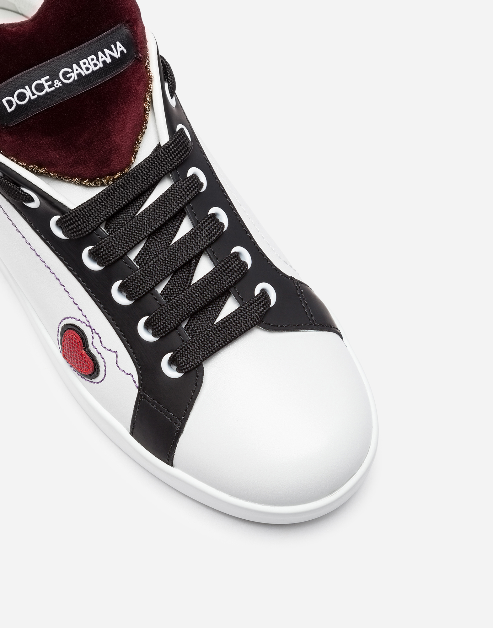 LEATHER SNEAKERS WITH PATCHES